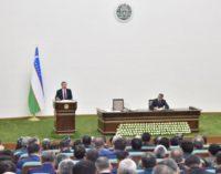 Мирзиёев раскритиковал чиновников за отсутствие промышленности в сельских районах