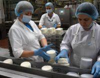Минсельхозпрод: критических моментов с поставками продуктов в Россию нет