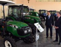 Мирзиёев посетил Ташкентский завод сельскохозяйственной техники