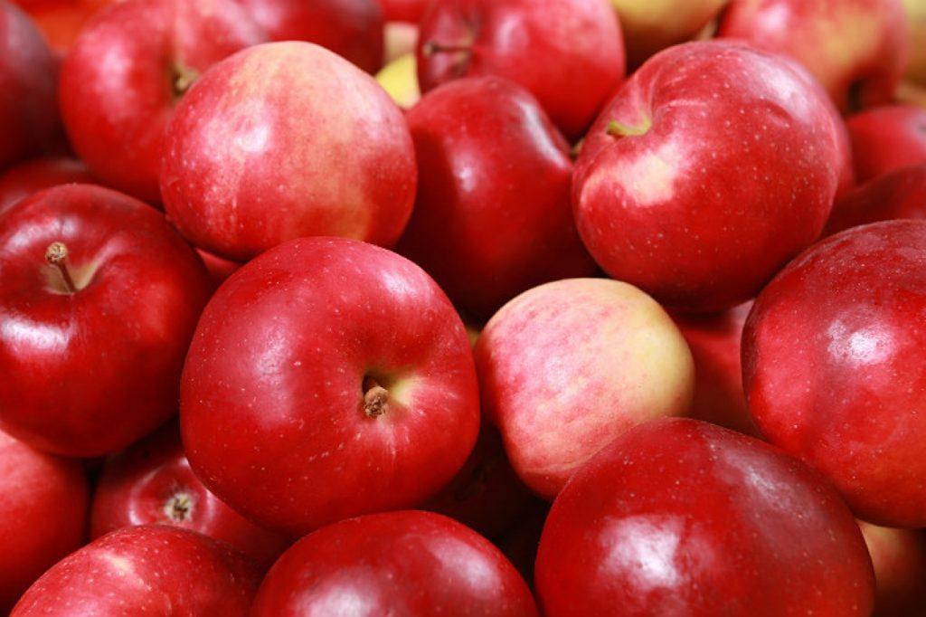 Производство яблок в Мире может сократиться на 3 млн тонн в 2020-21