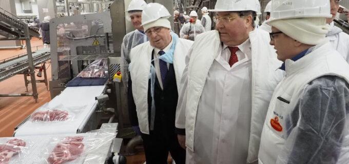 Мордовия наладила экспорт свинины на рынки Юго-Восточной Азии