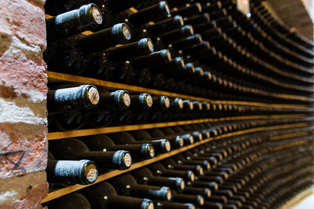 Чем игристые вина отличаются от шампанского