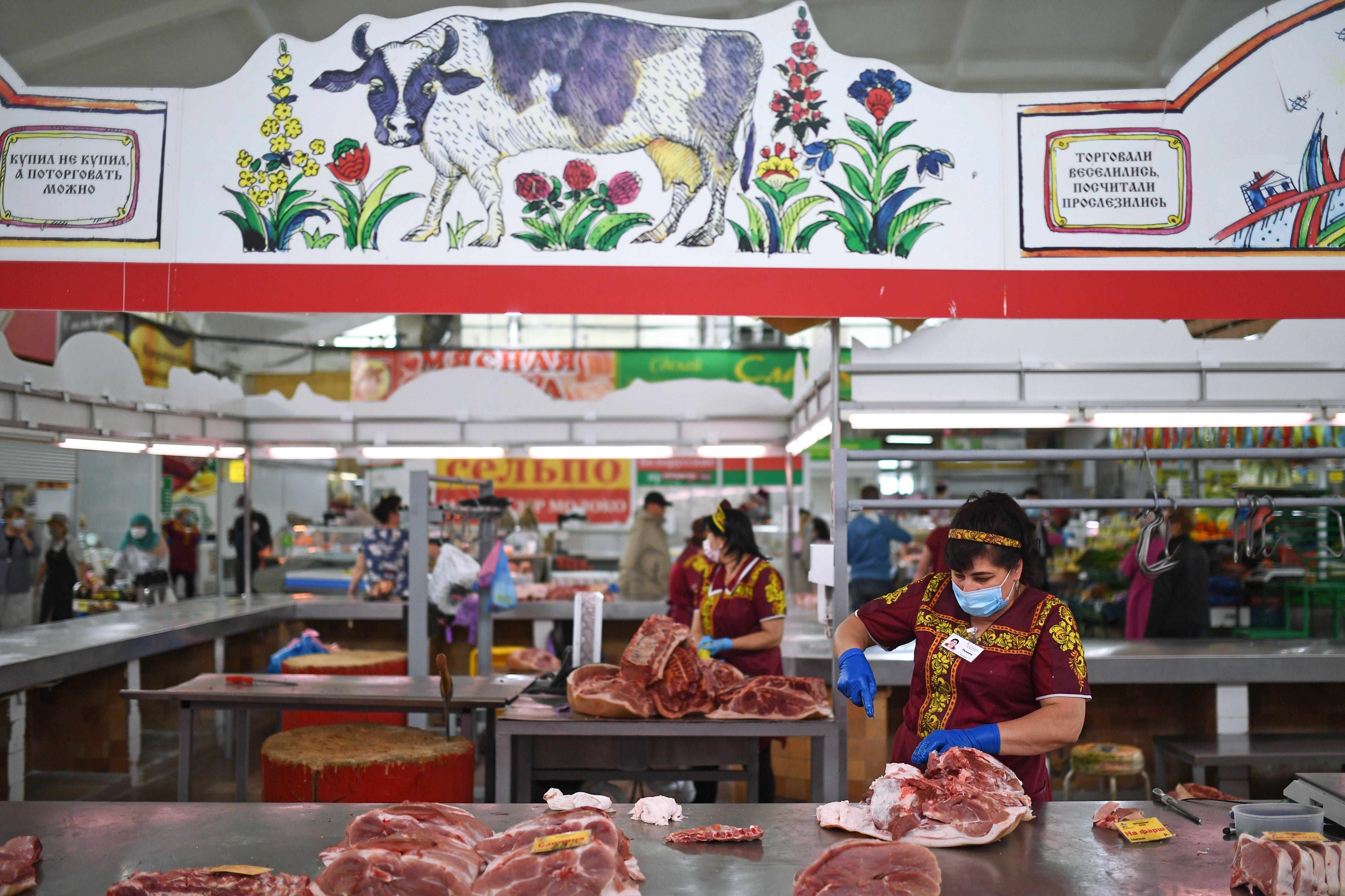 Чужое не едим: импорт мяса резко упал