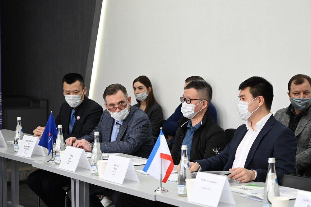 Пекинская компания пригласила крымских бизнесменов в Китай